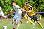 Kapitánem fotbalistů Baníku Ostrava B je záložník Samuel Kulig (na snímku vlevo).