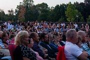 Divadelní hra Zimní pohádka na Letních shakespearovských slavnostech v Ostravě.