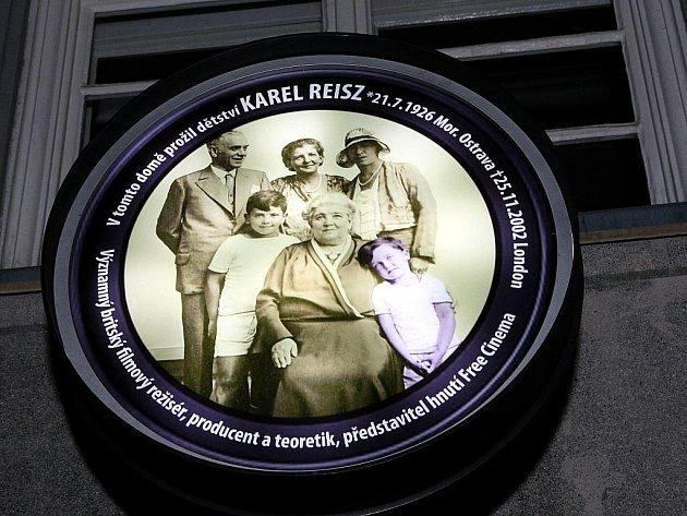Na domě číslo 25 na ulici 28. října v centru Ostravy byla odhalena pamětní deska Karlu Reiszovi, ostravskému rodákovi a světově proslulému režisérovi a producentovi.
