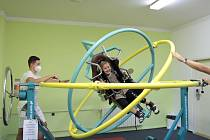 Zkoušení rehabilitačních přístrojů - gyroskop.