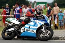 Na okruhu Františka Bartoše v Ostravě-Radvanicích se o víkendu konaly mezinárodní závody silničních motocyklů a sajdkárů.