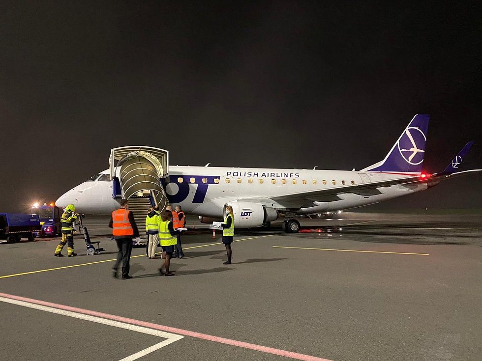 Embraer E170 po příletu do Ostravy, 25. říjen 2020