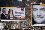 Parlamentní volby na Slovensku, 29. února 2020 v Makově. Vlevo billboard politické strany Vlast (VLASŤ) - Štefan Harabin a Iveta Gálošová Bušová.