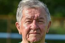 Bývalý brankář a později předseda hokejových Vítkovic Zdeněk Palička. Naposledy šéfoval klubu FK Stará Bělá.