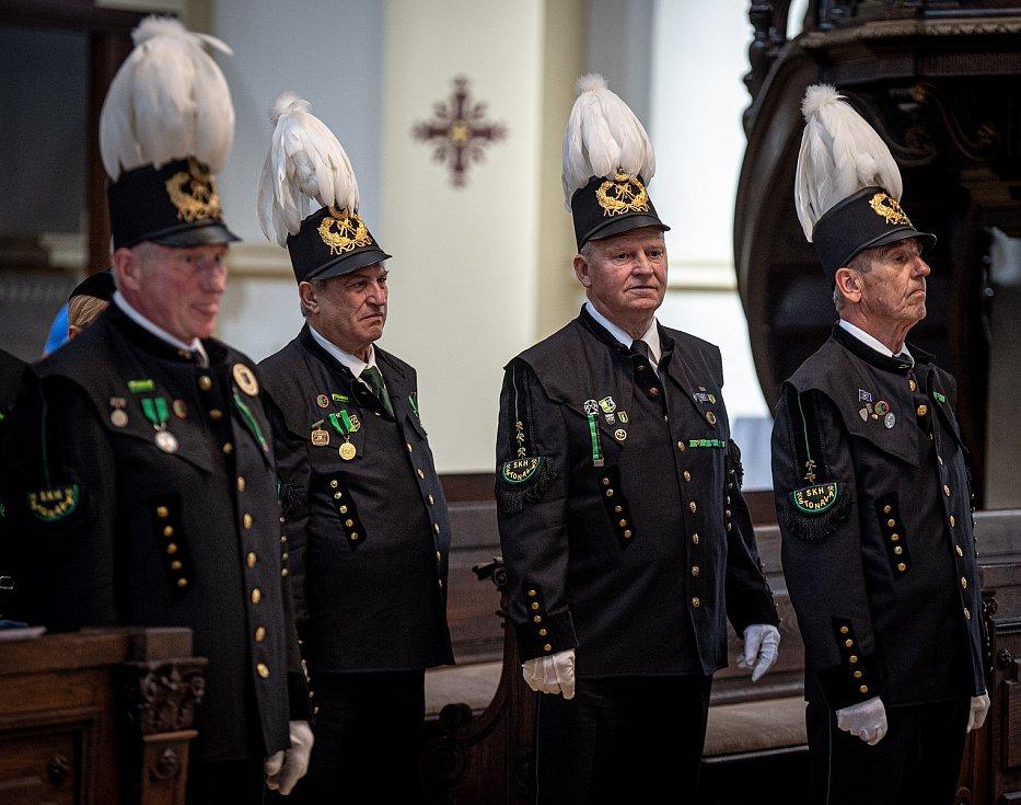 Horníci oslavili v katedrále Božského Spasitele svátek svatého Prokopa patrona horníků a hutníků, 2. července 2020 v Ostravě.