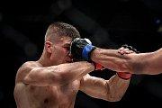 MMA Octagon 11 v Ostravar aréně, 16. března 2019 v Ostravě. Na snímku (v červeném) Miloš Petrášek proti Jeremy Kimball.