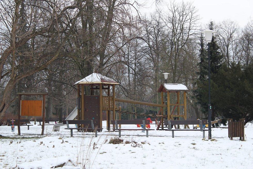 Dětské hřiště v parku
