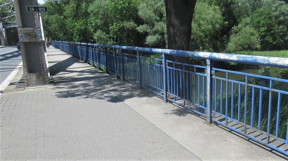 ŘSD chce opravit most silnice I/56 u Outlet Areny Moravia.