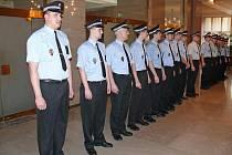 15 nových ostravských strážníků složilo slavnostní slib.