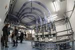 V ostravské fakultní nemocnici zahájili testování moderní techniky pro přepravu vzorků mezi odděleními a laboratoří.