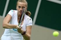 Netradiční přípravu zvolily české tenistky před víkendovou semifinálovou bitvou s Italkami. Snímek z úterního tréninku v ostravské ČEZ Aréně.