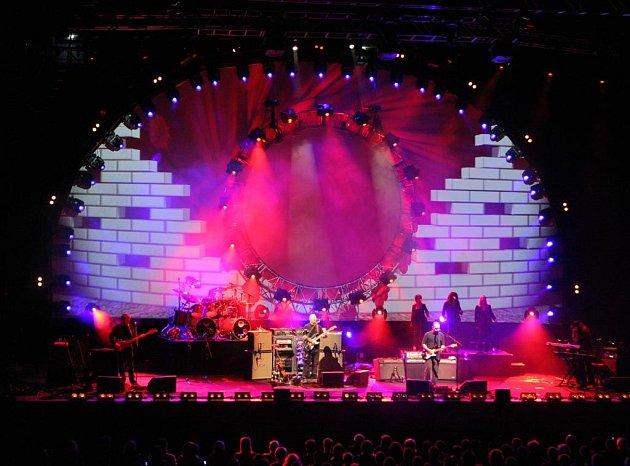 Ostravské vystoupení kapely Australian Pink Floyd