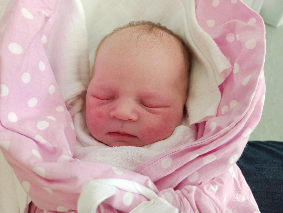 Nela Kaletová, Vendryně narozena 19. dubna 2021 v Třinci míra 52 cm, váha 3770 g. Foto: Gabriela Hýblová
