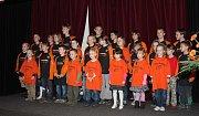 Mladým hasičům věnují Heřmaničtí mnoho času.
