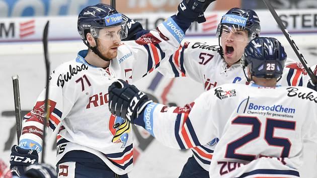 Utkání 44. kola hokejové extraligy: HC Vítkovice Ridera - HC Olomouc, 23. ledna 2019 v Ostravě. Na snímku (zleva) Lukáš Kucsera, Rostislav Olesz a Patrik Zdráhal.