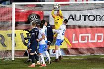 Utkání 8. kola první fotbalové ligy: FC Baník Ostrava - FC Slovácko 1:2, 20. ledna 2021 v Ostravě. (střed) brankář Ostravy Jan Laštůvka.