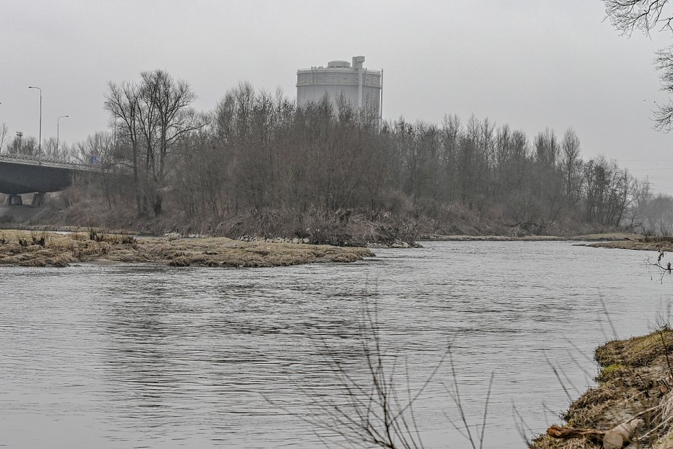 Soutok Ostravice a Odry v Ostravě.