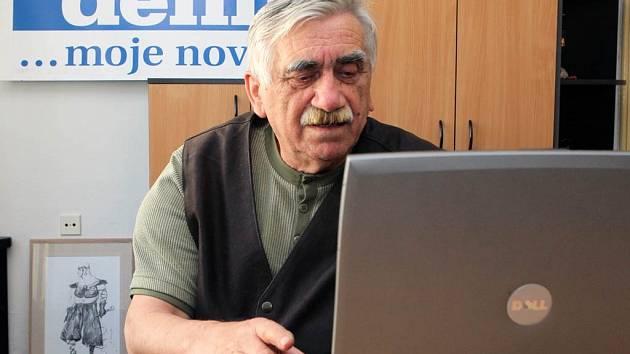 Jan Sládek v redakci Moravskoslezského deníku