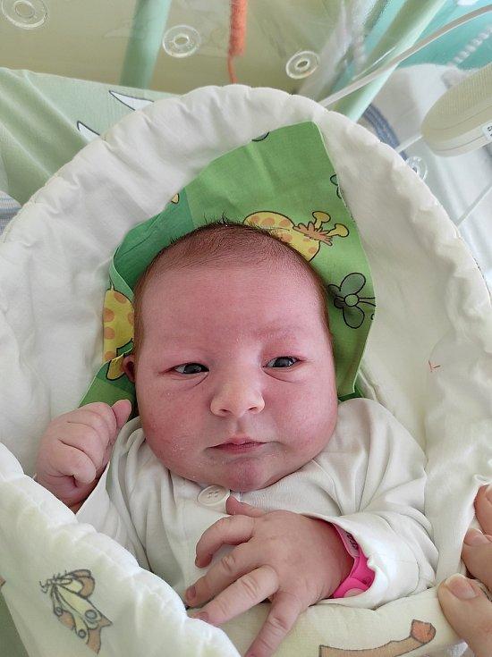 Magdaléna Stachová, Staříč, narozena 24. března 2021míra 51 cm, váha 4160 g Foto: Jana Březinová