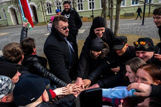 Procházka sVolným blokem, kterou pořádá Lubomír Volný (Poslanec Parlamentu České republiky), se uskutečnila 20.března 2021vKrnově.