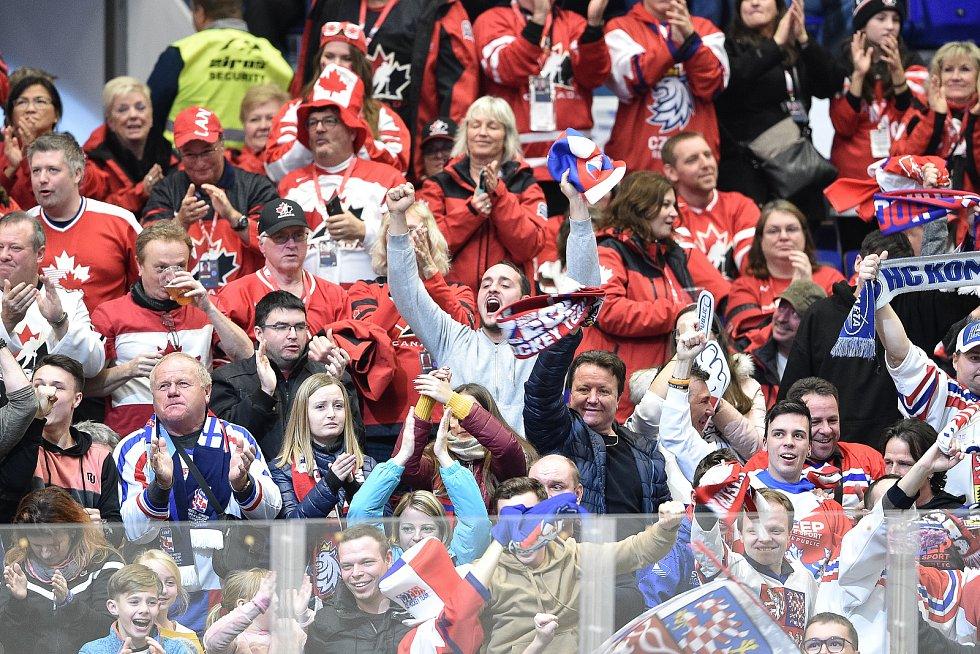 Mistrovství světa hokejistů do 20 let, skupina B: Česká republika - Německo, 28. prosince 2019 v Ostravě. Na snímku fanoušci.