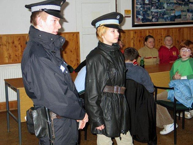 Děti si vyzkoušely roli strážníků