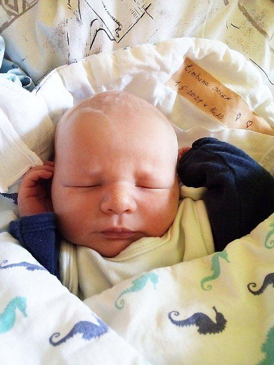 Josef Čimbura, Lichnov, narozen 1. května 2021 v Krnově, míra 49 cm, váha 3100 g. Foto: Pavla Hrabovská
