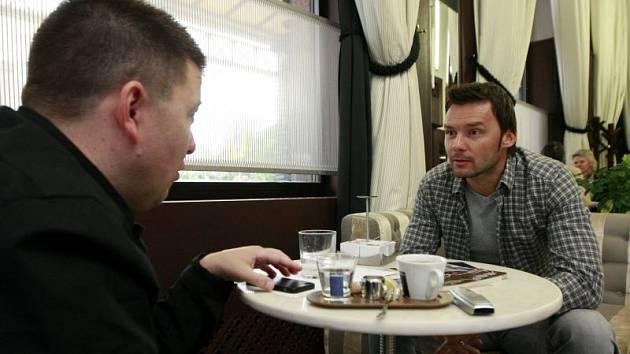 Marek Jankulovski přijal pozvání Deníku k rozhovoru do ostravské kavárny Jet Set Elektra, kde se rozpovídal nejen o tříletém působení ve studi Ligy mistrů stanice Prima Cool, ale také současných poměrech v mateřském Baníku.