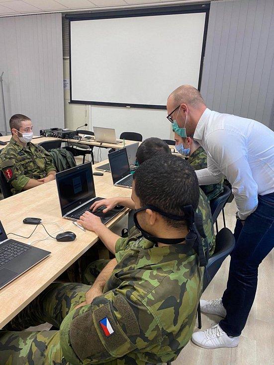 Před samotným nasazením vojenští medici absolvovali školení.