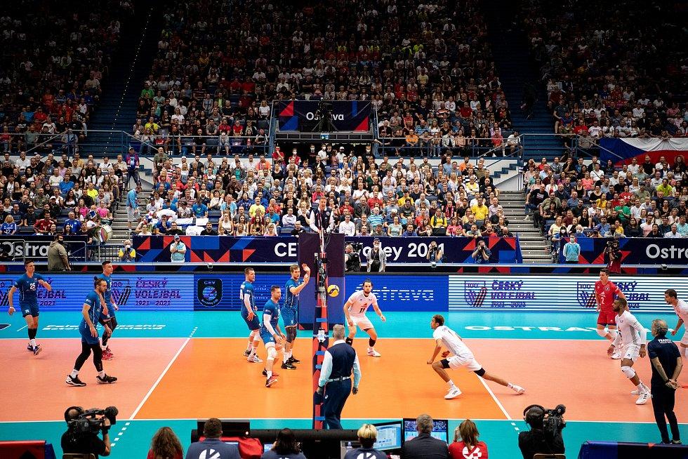 Čeští volejbalisté se shodli, že atmosféra na mistrovství Evropy v Ostravar Aréně byla úžasná a moc jim pomáhala.
