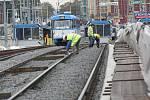 Říjen 2009: Skončila půl roku trvající rekonstrukce Frýdlantských mostů, která si vyžádala mnohé výluky v tramvajové dopravě.