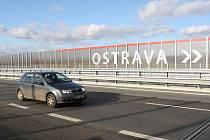 Listopad 2009: Ostravsko bylo konečně napojeno na českou dálniční síť. 25. listopadu došlo ke zprovoznění chybějících dvou úseků dálnice D47.