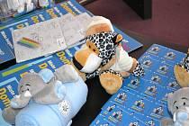 Práci s dětskými svědky věnují zvýšenou pozornost ostravští policisté již několik let. V loňském roce začali jako první v republice používat k překonání komunikačních bariér také plyšové hračky. Leopard v pyžamku dostal jméno Daník (domácí násilí).