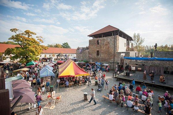 Hodokvas. Slezskoostravský hrad ovíkendu nabízí vybraná jídla a pití.