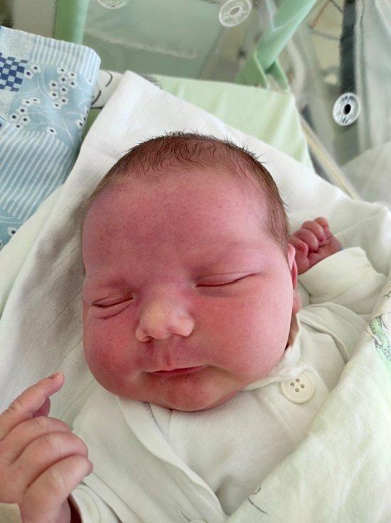 Sebastián Hořelka z Kopřivnice, narozen 24. března 2021 ve Frýdku-Místku, míra 51 cm, váha 4370 g. Foto: Jana Březinová