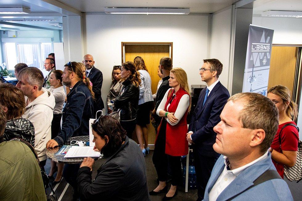 Dny NATO a Dny Vzdušných sil Armády ČR, 21. září 2019 na letišti v Mošnově. Tisková konference AERO Vodochody.