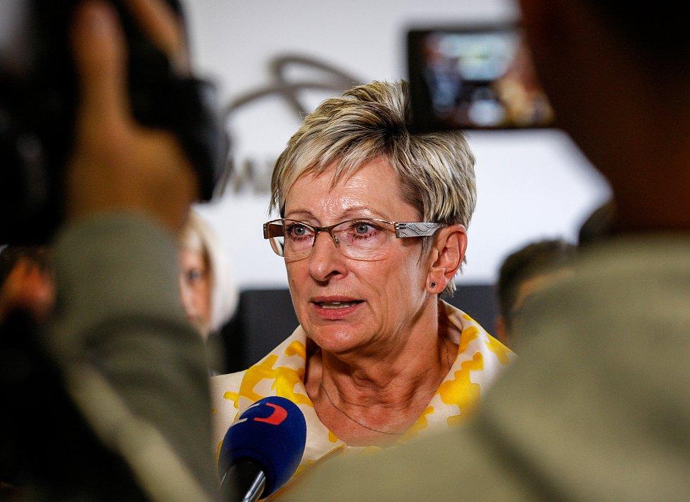 Ministryně průmyslu Marta Nováková na tiskové konferenci společnosti Arcelor Mittal, 4. října 2018.