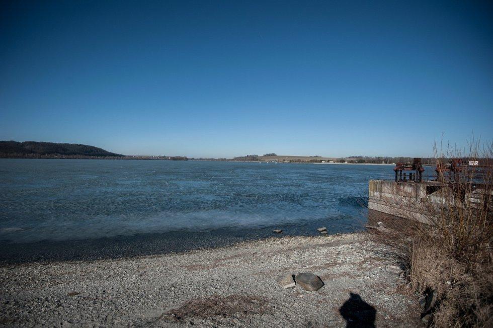 Hlučínské jezero. Ilustrační foto.