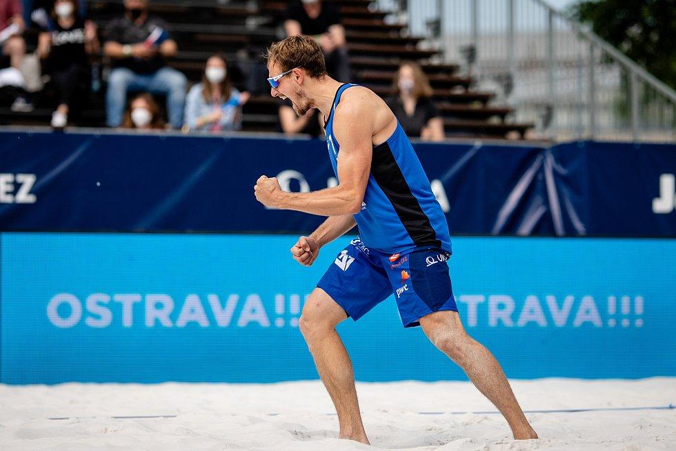 J&T Banka Ostrava Beach Open, 5. června 2021 v Ostravě. Ondřej Perušič (CZE).