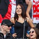 Utkání 4. kola nadstavby první fotbalové ligy, skupina o titul: FC Baník Ostrava - SK Slavia Praha, 19. května 2019 v Ostravě. Na snímku fanoušci Slavie.