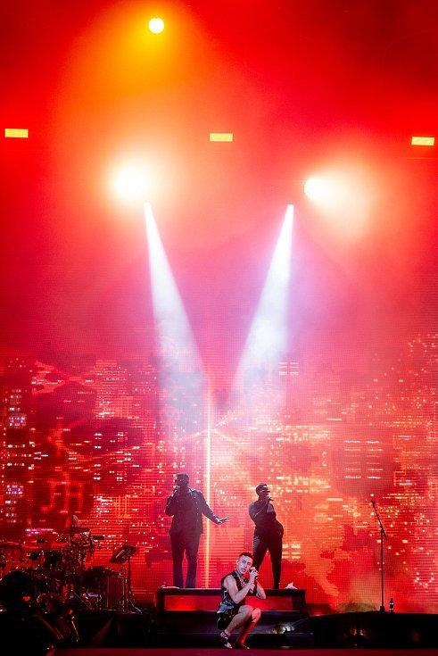 Hudební festival Colours of Ostrava v Dolní oblasti Vítkovice, 19. července 2019 v Ostravě. Na snímku Years & Years (zpěvák Olly Alexander)