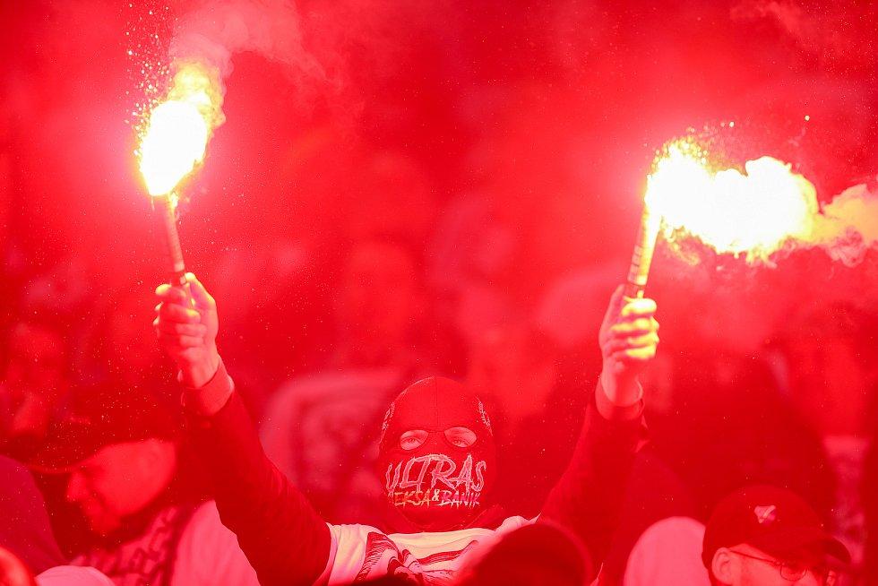 Finále fotbalového poháru MOL Cupu, Baník Ostrava - Slavia Praha 22.května 2019 v Olomouci. Na snímku (zleva)