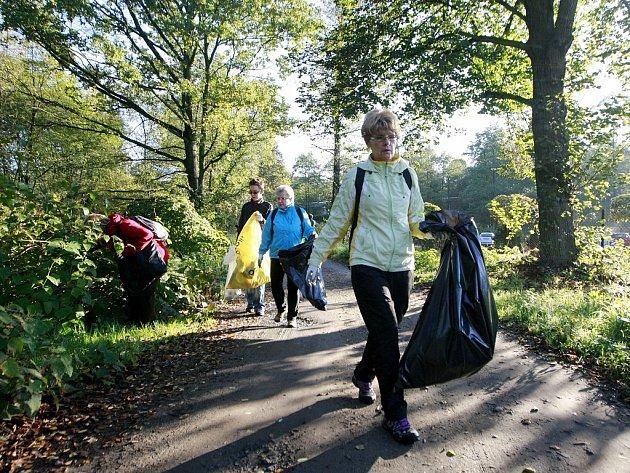Říčka Zábřežka se stala jedním ze čtyř míst, na která o víkendu zaměřili pozornost dobrovolníci z Českého svazu ochránců přírody Alces.