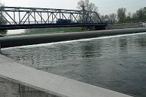 Upravený úsek řeky Ostravice.