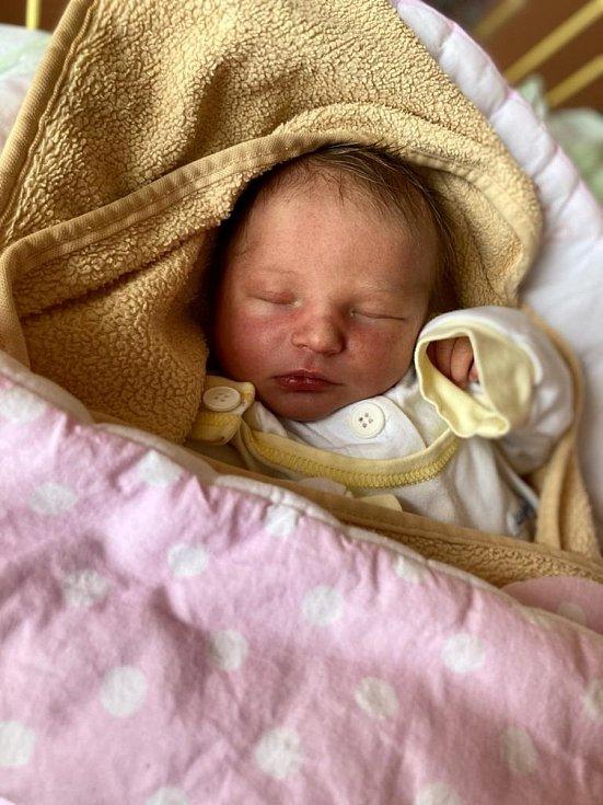 Anna Tomečková, Háj ve Slezsku, narozena 12. dubna 2021 v Opavě, míra 49 cm, váha 3190 g. Foto: Tereza Fridrichová