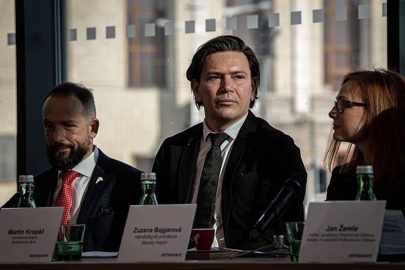 Tisková konference města Ostravy k projektu koncertního sálu, 14. října 2021 v Ostravě. Architekt Martin Kropáč.