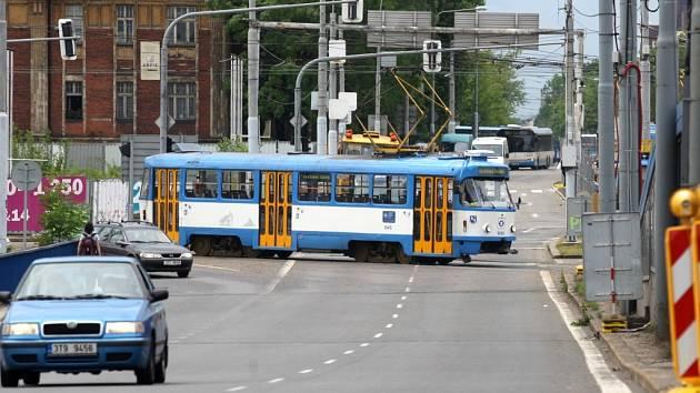 Výluka tramvají na Frýdlantských mostech skončila.