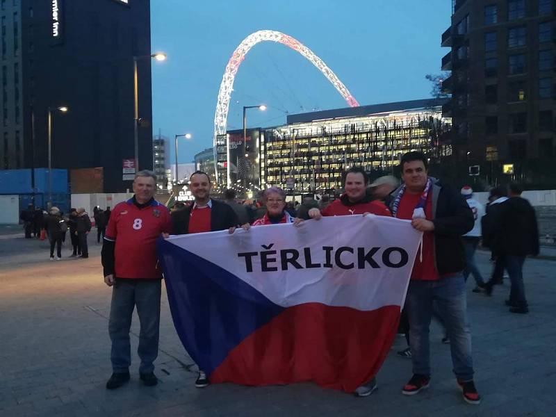 Fanoušci z Těrlicka ve Wembley 22. 3. 2019.