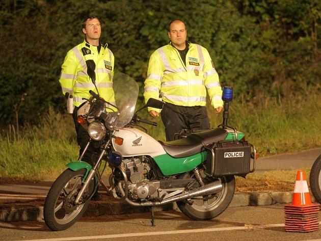 Do jedenadvacáté hodiny nebyl zaznamenán žádný závažný incident. Policisté řešili jen několik drobnějších výtržností.