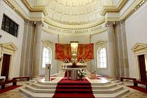 Opravená ostravská katedrála se otevírá. Na slavnostní mši se očekává na 4 tisíce hostů.